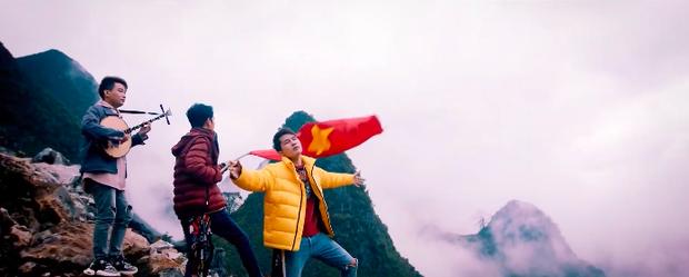 MV mới của Jack và K-ICM có thành tích lượt xem ra mắt thấp nhất trong chuỗi hit, chỉ bằng 1 nửa của Em Gì Ơi trước đó - Ảnh 5.