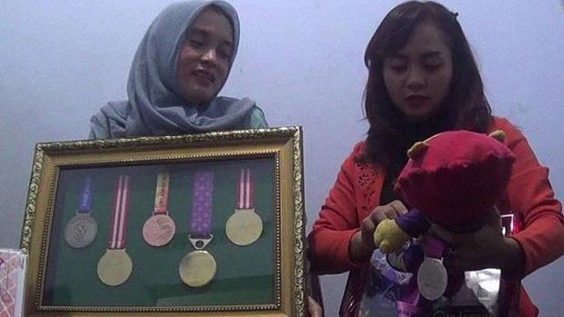 Thực hư chuyện nữ VĐV Indonesia bị loại khỏi đội hình dự SEA Games vì mất cái ngàn vàng - Ảnh 2.