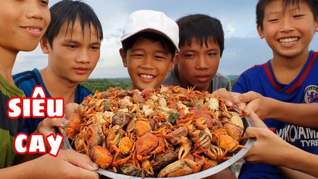 Youtuber nghị lực nhất Việt Nam: ở nhà tre nứa, làm phụ hồ nhưng vẫn gây dựng được channel ẩm thực hơn 760k subscribers - Ảnh 12.
