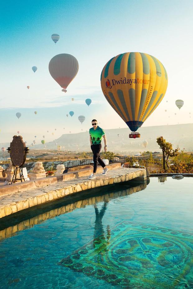 Vũ Khắc Tiệp chơi lớn khi thuê phòng khách sạn 40 triệu/ đêm ở Thổ Nhĩ Kỳ, bất chấp leo lên địa điểm cấm để sống ảo - Ảnh 4.