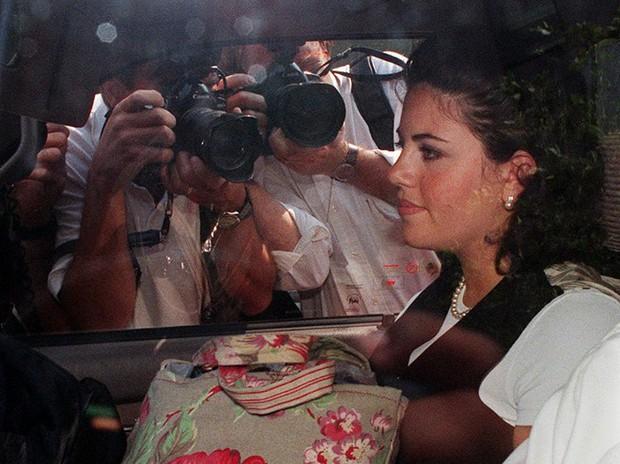 Monica Lewinsky - Nạn nhân đầu tiên của cyber bully trong thế kỉ 20 và hành trình viết lại cái kết khác cho cuộc đời mình - Ảnh 2.