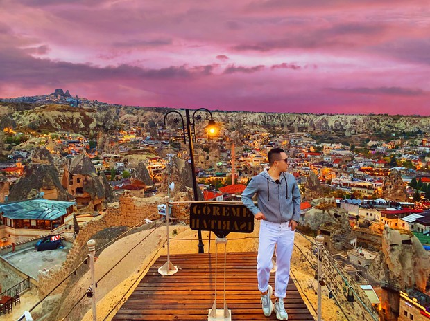 Vũ Khắc Tiệp chơi lớn khi thuê phòng khách sạn 40 triệu/ đêm ở Thổ Nhĩ Kỳ, bất chấp leo lên địa điểm cấm để sống ảo - Ảnh 7.