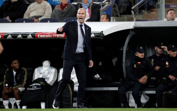 Bom tấn ăn mừng hụt bàn thắng, Real Madrid lỡ cơ hội vàng đánh chiếm ngôi đầu La Liga của kình địch Barcelona - Ảnh 9.