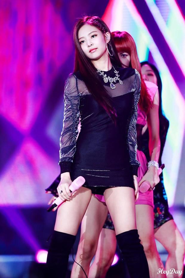 Vấn nạn hớ hênh của idol nữ Kpop: Jennie và nữ thần nhà SM bỗng thành nạn nhân, nhưng chưa thảm như Seolhyun - Ảnh 7.