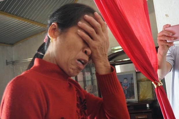 Mẹ khóc cạn nước mắt khi nhận được điện thoại báo tin con trai tử vong trong chiếc container ở Anh - Ảnh 4.