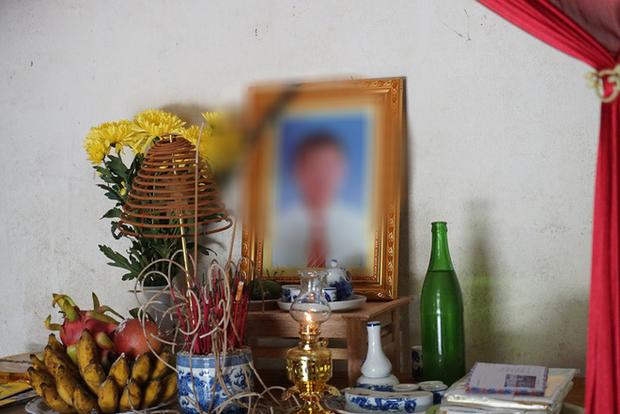 Mẹ khóc cạn nước mắt khi nhận được điện thoại báo tin con trai tử vong trong chiếc container ở Anh - Ảnh 3.