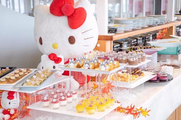 Phát sốt thiên đường Hello Kitty vừa lộ diện ở Nhật Bản, mỗi khi thấy chán đời tìm đến đây là vui lên ngay! - Ảnh 7.