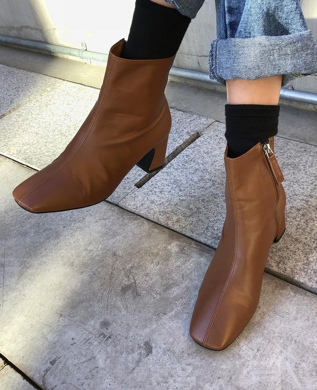 Muốn mặc đẹp không góc chết, chị em đừng sắm 4 đôi boots sau bởi kiểu thì lỗi mốt, kiểu trông đến là nhàm - Ảnh 6.