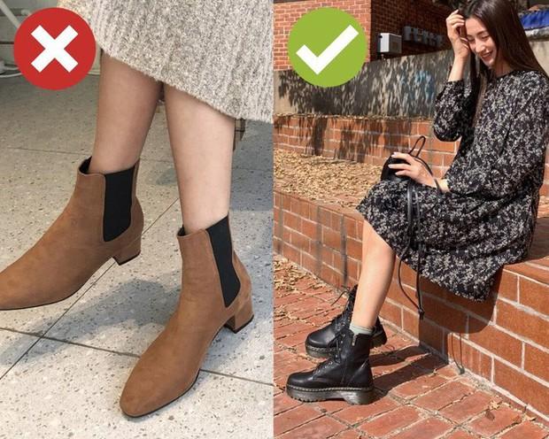 Muốn mặc đẹp không góc chết, chị em đừng sắm 4 đôi boots sau bởi kiểu thì lỗi mốt, kiểu trông đến là nhàm - Ảnh 10.