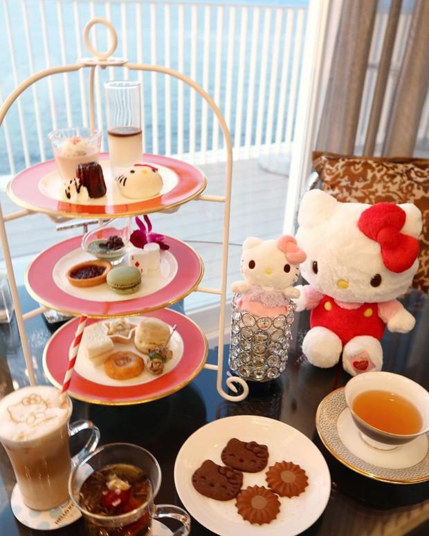 Phát sốt thiên đường Hello Kitty vừa lộ diện ở Nhật Bản, mỗi khi thấy chán đời tìm đến đây là vui lên ngay! - Ảnh 8.