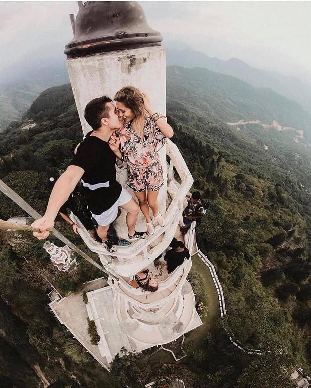 Clip leo cầu thang ở tháp xoắn ốc kỳ quái thu hút 4 triệu lượt xem, sợ đến thót tim nhưng nhiều du khách vẫn liều mình muốn thử - Ảnh 10.