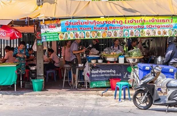 Đến Bangkok nhất định phải thử tom yum, nhưng chưa biết đến đâu ăn cho ngon thì có tận 8 địa chỉ dành cho bạn này - Ảnh 2.