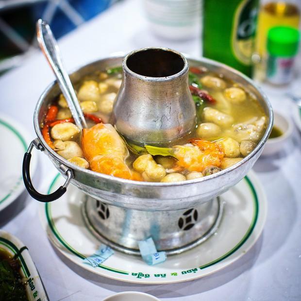 Đến Bangkok nhất định phải thử tom yum, nhưng chưa biết đến đâu ăn cho ngon thì có tận 8 địa chỉ dành cho bạn này - Ảnh 7.