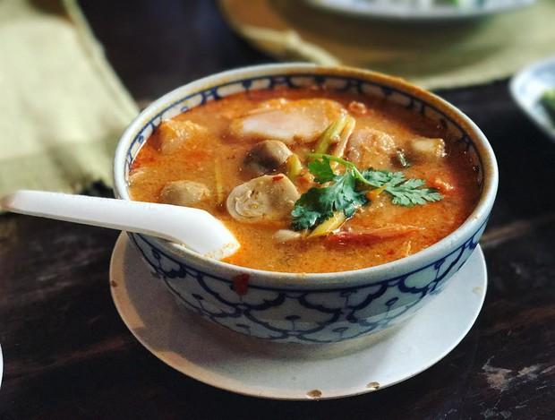Đến Bangkok nhất định phải thử tom yum, nhưng chưa biết đến đâu ăn cho ngon thì có tận 8 địa chỉ dành cho bạn này - Ảnh 19.