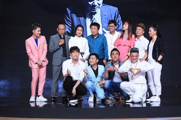 Ký ức vui vẻ: MC Lại Văn Sâm tố Hồng Nhung từng làm lố sóng đêm giao thừa - Ảnh 2.