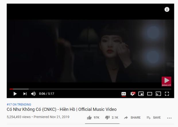 Cuộc chạy đua quyết liệt của Khổng Tú Quỳnh và Hiền Hồ: Ra MV drama, cùng hát ballad, tung liên tiếp các bản cover và rất nhiều điểm trùng hợp đến lạ!? - Ảnh 2.
