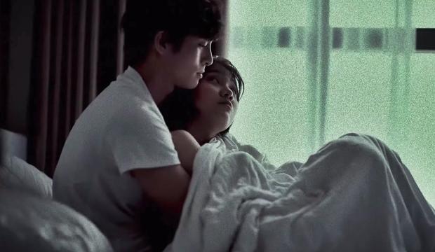 Emma Nhất Khanh hở bạo rủ trai đẹp đam mĩ Lãnh Thanh lên giường để kể chuyện Thương Người Đã Cũ - Ảnh 3.