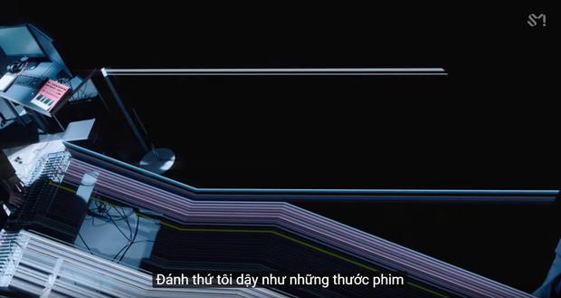 Chủ tịch JYP hoá trai ngây ngô trong MV mới, TWICE xuất hiện thấp thoáng, phụ đề tiếng Việt mất điểm vì lỗi chính tả giống SM - Ảnh 5.