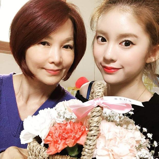 MOMOLAND đã lục đục nội bộ từ lâu trước khi 2 thành viên rời nhóm, Daisy và Taeha từng nghi bị công ty ép ăn... giòi? - Ảnh 9.