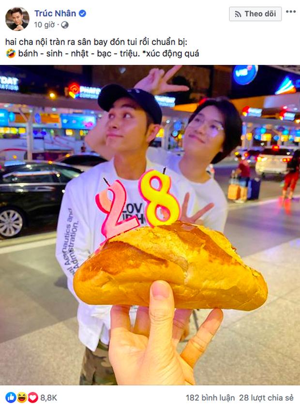 """""""Gớt nước mắt"""" với bánh sinh nhật """"bạc triệu"""" của Jun Phạm và Quang Trung tặng cho Trúc Nhân: Thôi cũng được cái tấm lòng! - Ảnh 1."""