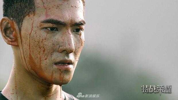 5 nam thần Hoa Ngữ xuống tóc vì nghiệp diễn: Dịch Dương Thiên Tỉ đầu gấu ăn đứt Trần Phi Vũ - Ảnh 8.