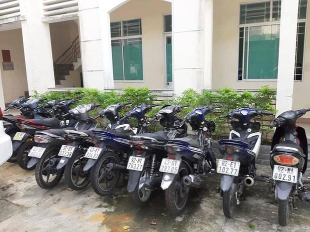 Bắt nhóm đá xế 2K trộm cắp hàng chục xe máy xịn ở Đà Nẵng rồi thay biển số giả để sử dụng - Ảnh 2.