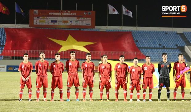 Thần đồng bóng đá Đồng Tháp, Trần Công Minh ghi điểm trong mắt HLV Park Hang-seo trước thềm SEA Games 2019 - Ảnh 1.