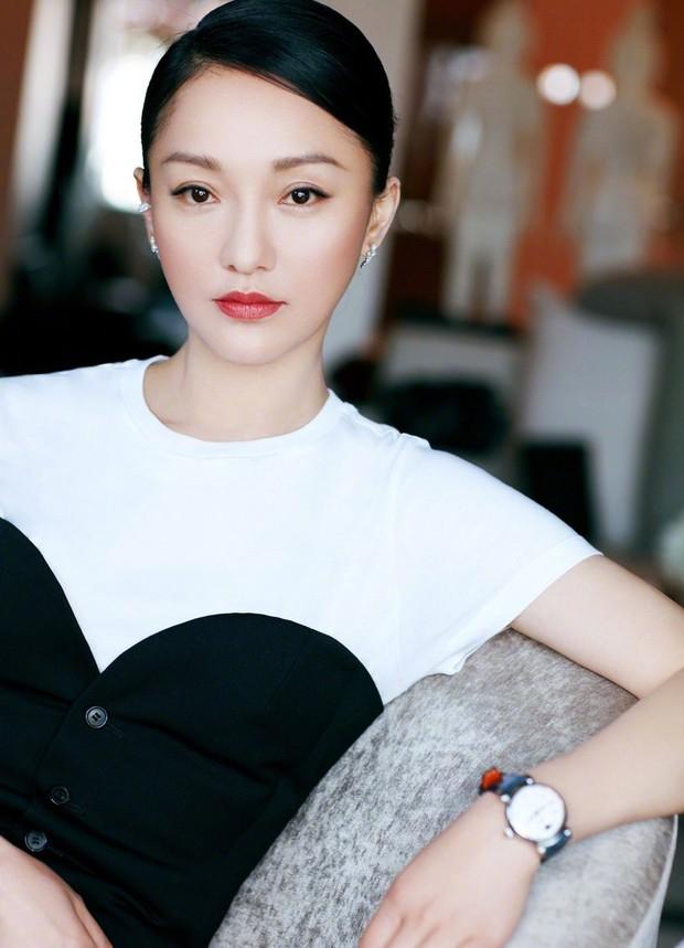 Bảng xếp hạng địa vị sao nữ Cbiz: Củng Lợi xứng danh chị đại, Dương Mịch - Triệu Lệ Dĩnh bị đàn em vượt mặt - Ảnh 4.
