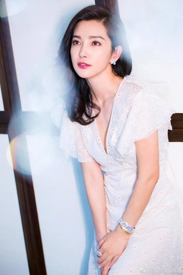 Bảng xếp hạng địa vị sao nữ Cbiz: Củng Lợi xứng danh chị đại, Dương Mịch - Triệu Lệ Dĩnh bị đàn em vượt mặt - Ảnh 5.