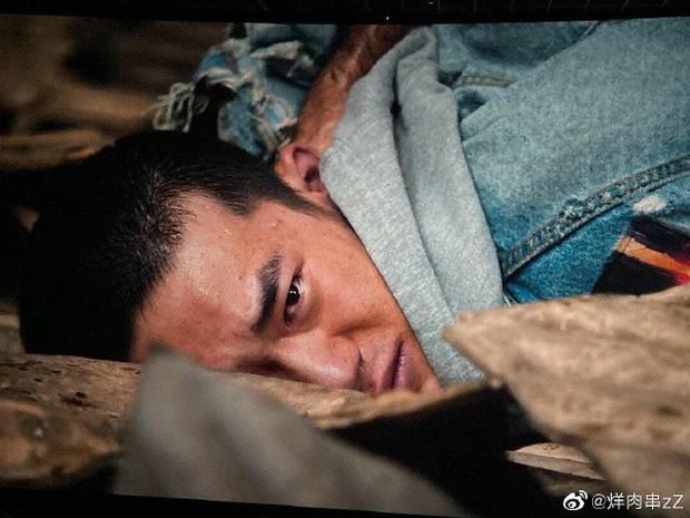 5 nam thần Hoa Ngữ xuống tóc vì nghiệp diễn: Dịch Dương Thiên Tỉ đầu gấu ăn đứt Trần Phi Vũ - Ảnh 24.