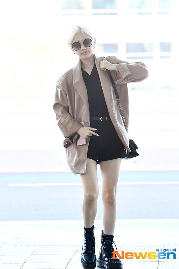 Lần đầu tiên Jennie (BLACKPINK) lu mờ giữa sân bay, bị ác nữ Lee Da Hee sang chảnh và đàn em vượt mặt - Ảnh 11.