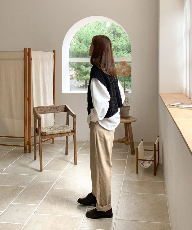 Trời nắng gió khó lường, chị em cứ diện áo sơ mi theo 4 công thức sau là đã sành điệu vô đối - Ảnh 13.