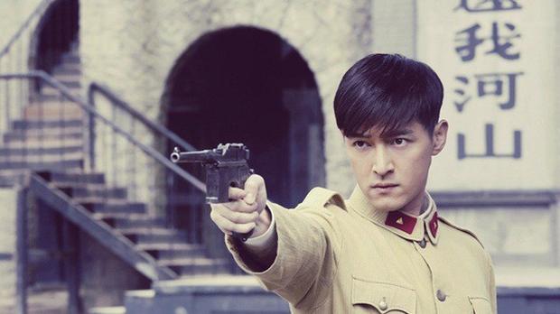 Loạt nam nhân mặc quân phục đẹp nhức nách: Đáng chú ý nhất là cả dàn trai trẻ chẳng ai xô đổ được ông chú Chung Hán Lương! - Ảnh 21.