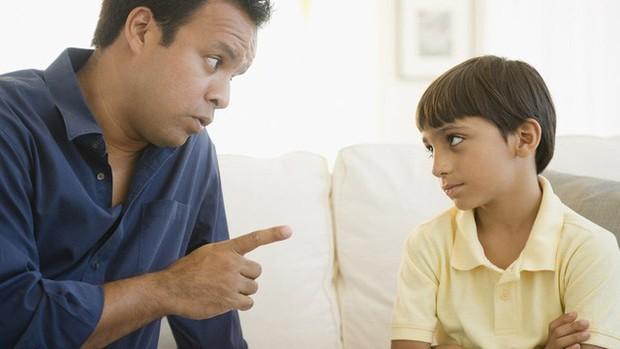 Lòng tự trọng ở trẻ sẽ bị phá vỡ nếu cha mẹ làm 4 điều sau đây, đều là những hành động quen thuộc của phụ huynh Việt Nam - Ảnh 4.