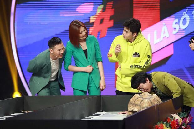 Chết cười Diệu Nhi làm tuesday trong chuyện tình của cặp đôi chú chó Củ Cải – Kim Chi - Ảnh 7.