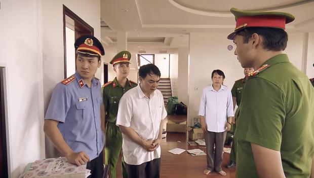 Preview Sinh Tử tập 1: Việt Anh lộ mặt tú bà, sa thải nhân viên chỉ vì ngồi với khách VIP mặt cứ dài ra - Ảnh 6.