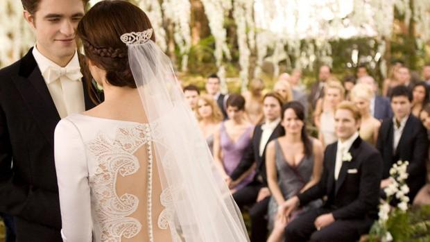 10 cô dâu đẹp nhất trên màn ảnh: Lưu Diệc Phi trong sáng thuần khiết, Jun Ji Hyun kiêu sa sang chảnh - Ảnh 2.