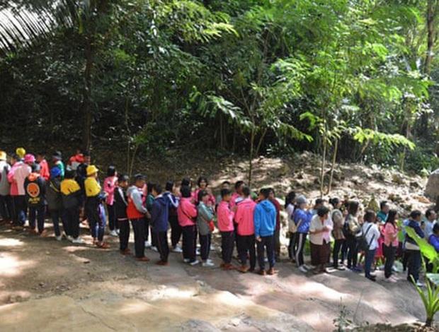 Mở lại hang Tham Luang - nơi diễn ra cuộc giải cứu thần kỳ 13 thành viên đội bóng thiếu niên Thái Lan - Ảnh 1.
