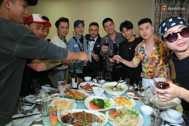 Justatee, Emily cùng dàn sao Việt bất ngờ hội ngộ trong đám cưới của nam rapper đình đám LiL Knight - Ảnh 11.