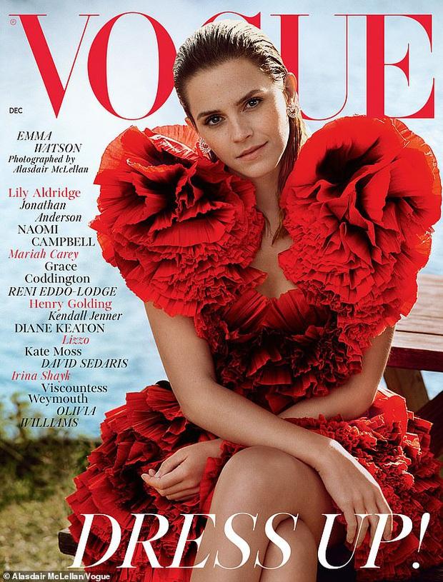 Bị chê tuột dốc, Emma Watson trở lại đỉnh đến mức khiến dân tình phải thốt lên Đúng là bông hoa đẹp nhất nước Anh - Ảnh 2.