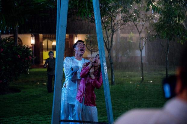 5 phân cảnh gây sốc của Tiếng Sét Trong Mưa: Không gì chấn động bằng màn cưỡng bức cô chủ - chàng hầu - Ảnh 16.