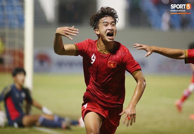 Siêu tiền đạo U21 Việt Nam thâu tóm toàn bộ danh hiệu cá nhân, sáng cửa chờ HLV Park Hang-seo triệu tập dự SEA Games 30 - Ảnh 8.