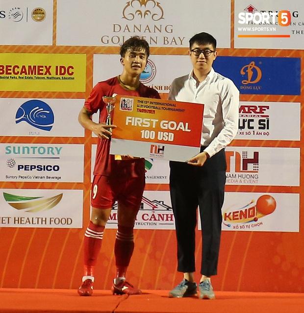 Siêu tiền đạo U21 Việt Nam thâu tóm toàn bộ danh hiệu cá nhân, sáng cửa chờ HLV Park Hang-seo triệu tập dự SEA Games 30 - Ảnh 12.