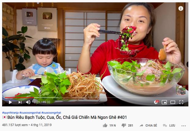 """Quỳnh Trần JP đăng vlog nấu bún riêu với… bạch tuộc có 1-0-2, nhưng dân tình lại chú ý hơn tới bình luận """"tung hứng"""" của Ẩm Thực Mẹ Làm - Ảnh 3."""