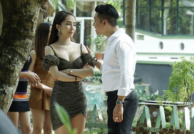 Việt Anh lần đầu bật mí cảm nhận khi lần đầu đóng cảnh nóng với Quỳnh Nga và tin đồn hẹn hò ngoài luồng - Ảnh 3.