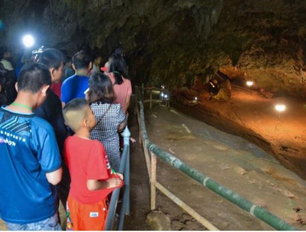 Mở lại hang Tham Luang - nơi diễn ra cuộc giải cứu thần kỳ 13 thành viên đội bóng thiếu niên Thái Lan - Ảnh 9.