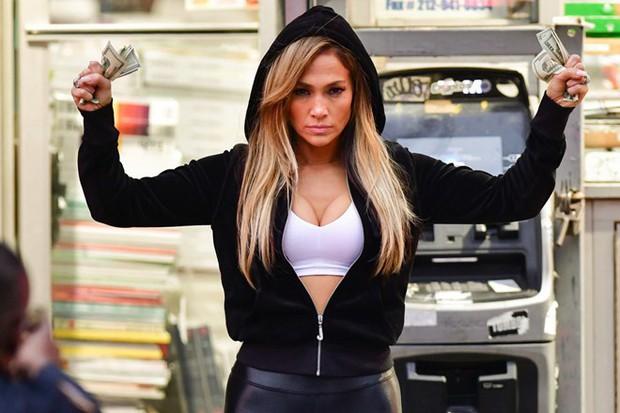 4 ẩn số bất ngờ của Oscar 2020: Jennifer Lopez chạm tay vào tượng vàng sau nhiều năm diễn dở? - Ảnh 2.