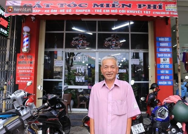 """Chàng trai hớt tóc miễn phí ở Đà Nẵng: """"Tôi đi lên từ nghèo khó, nên muốn lấy sức mình giúp lại người nghèo - Ảnh 2."""