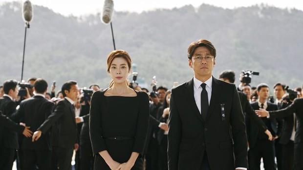 Truyền hình Hàn ăn nên làm ra từ đề tài thảm họa, liệu bom tấn Sinh Tử của VTV có hợp gu khán giả Việt? - Ảnh 2.