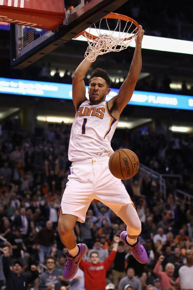 NBA 19-20: Devin Booker ghi 40 điểm, Phoenix Suns chấm dứt mạch toàn thắng của Philadelphia 76ers - Ảnh 3.